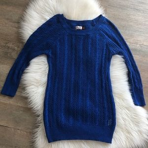 SO Royal Blue open weave fitted Sweater M